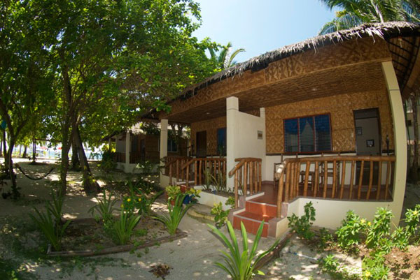 Resort in malapascua accommodation beach rooms for Best house resort design