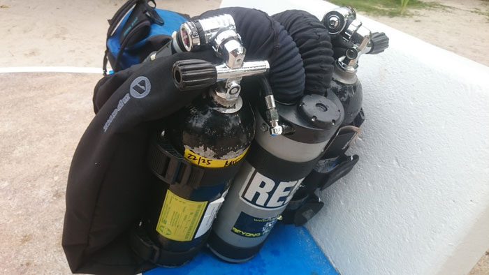 The pelagian apeks combination - Apex dive gear ...