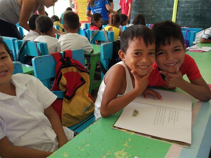 kids book club malapascua