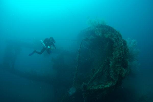 malapascua wreck diving