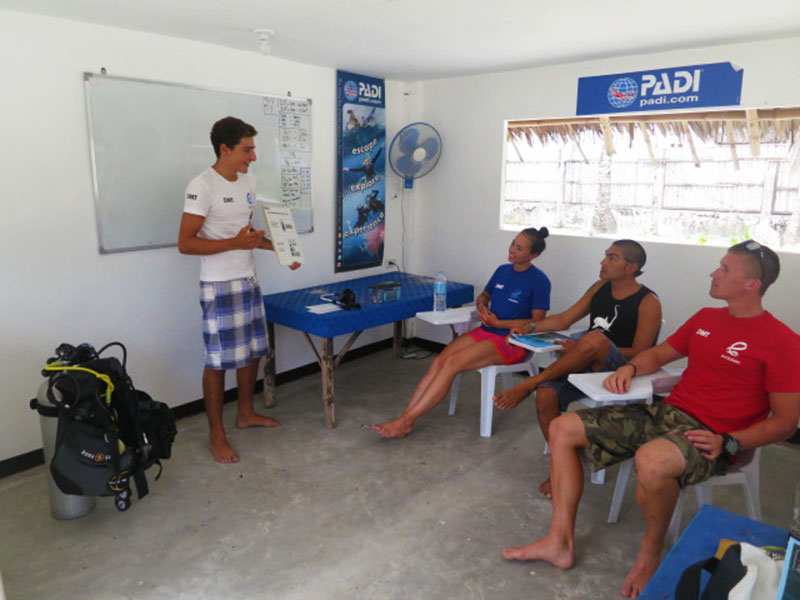 diving equipment and facilities evolution diving resort